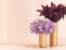 New and fancy flower collection and its delivery